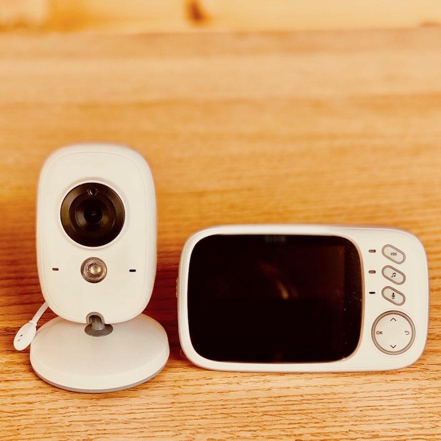 Baby im Überblick mit Video Babyphone