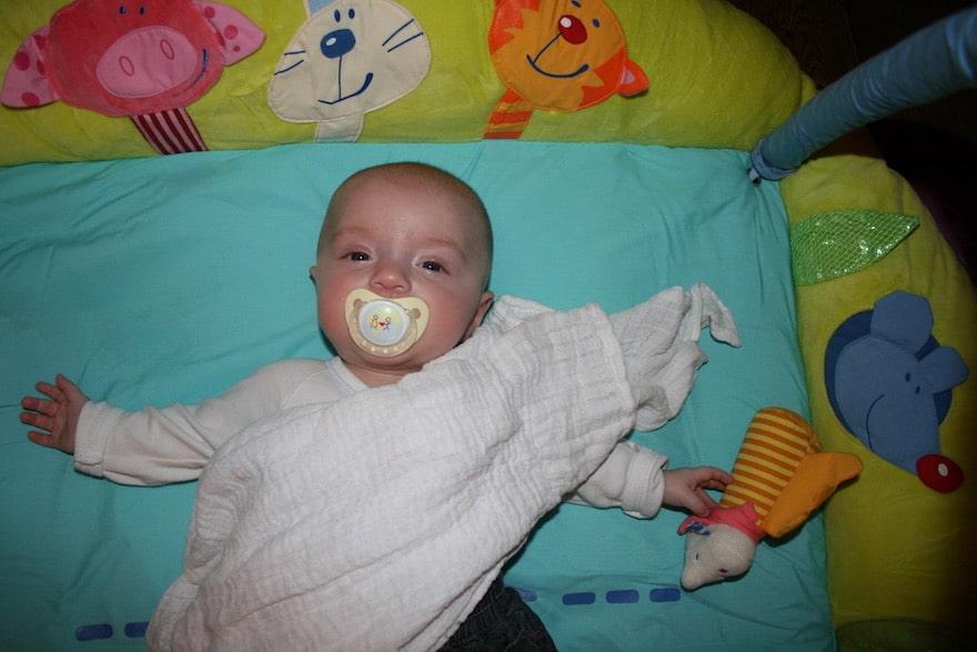 Baby Ständig Müde Und Quengelig